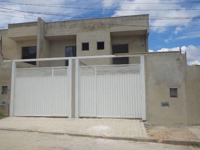 Linda casa de 2/4 com quintal e 2 vagas por R$ 269.000 em Jardim dos Alfineiros - Foto 18