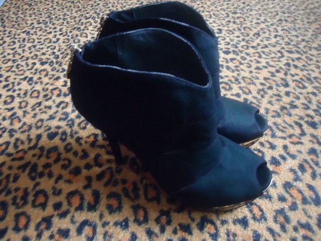 Bota feminina - Calçado Jorge Bischoff N°39 - Foto 5