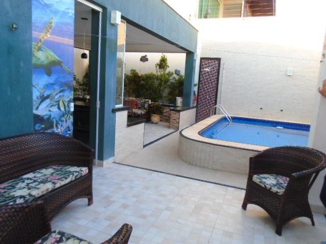 Casa com 3 dormitórios à venda, 249 m² por R$ 930.000 - Precabura - Eusébio/CE - Foto 2