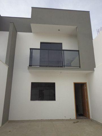 Linda casa de 2/4 com quintal e 2 vagas por R$ 269.000 em Jardim dos Alfineiros - Foto 17