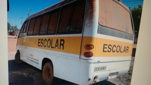 Micro onibus iveco
