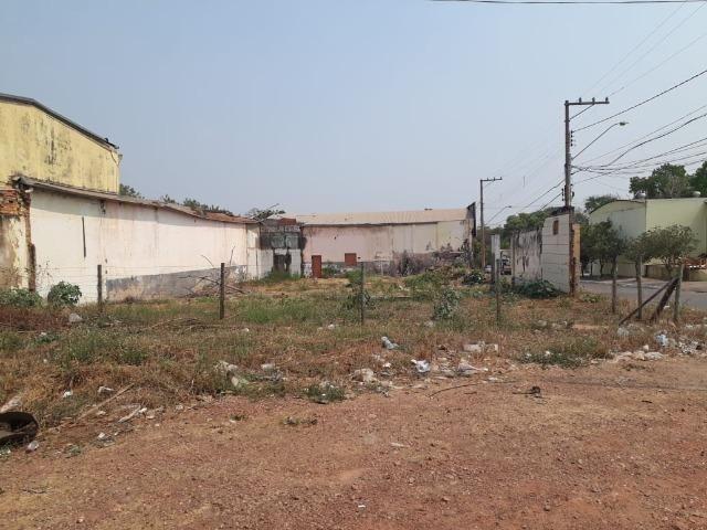 Alugo terreno e barracão comercial perto ufmt, lote com 1.050 m² - Foto 4