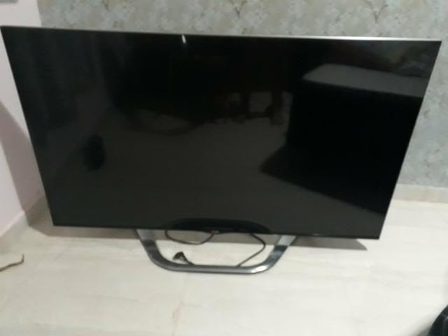 Smart tv lg 55 com display trincado + controle original