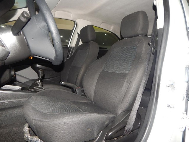 Chevrolet Onix 1.0 Mpfi Joy 8v Flex 4p Completo Impecável - Foto 14