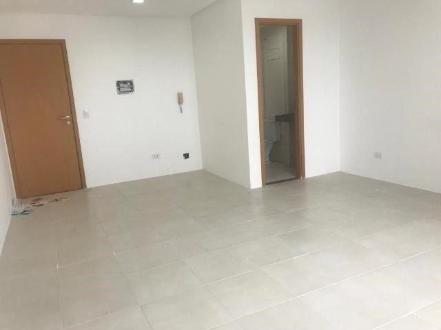 Sala com 30m² em Empresarial em Casa Amarela - Prédio Novo