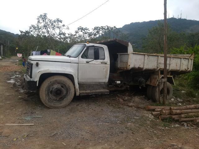 Vende esse caminhão basculante - Foto 5