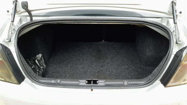 Ford Fiesta Sedan 1.6 2012/12 Prata Completo - Foto 13