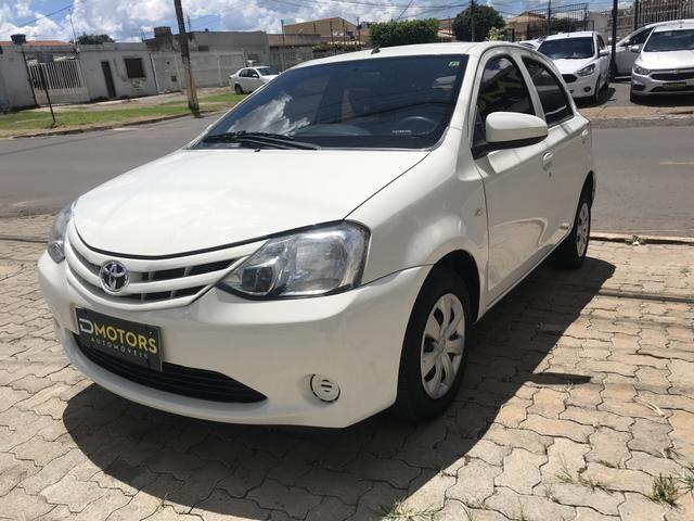Toyota Etios 1.3 HB X - Foto 10