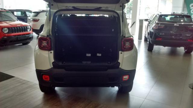 Jeep Renegade Longitude Diesel 2019/2020 - Na cor Branco Ambiente - Foto 3