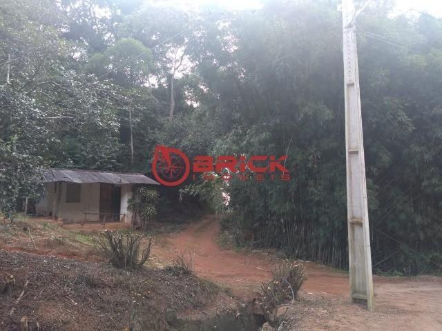 Excelente sítio com 2 casas de caseiro e com 207 mil m² de terreno em São José do Vale do  - Foto 11