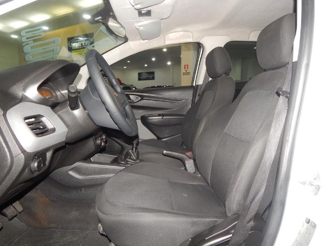 Chevrolet Onix 1.0 Mpfi Joy 8v Flex 4p Completo Impecável - Foto 13