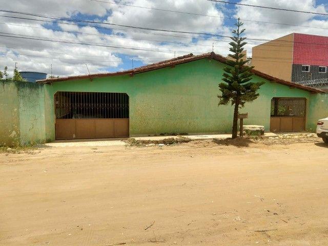 Vendo casa em Teixeira de Freitas Ba - Próximo a churrascaria água na boca. - Foto 4