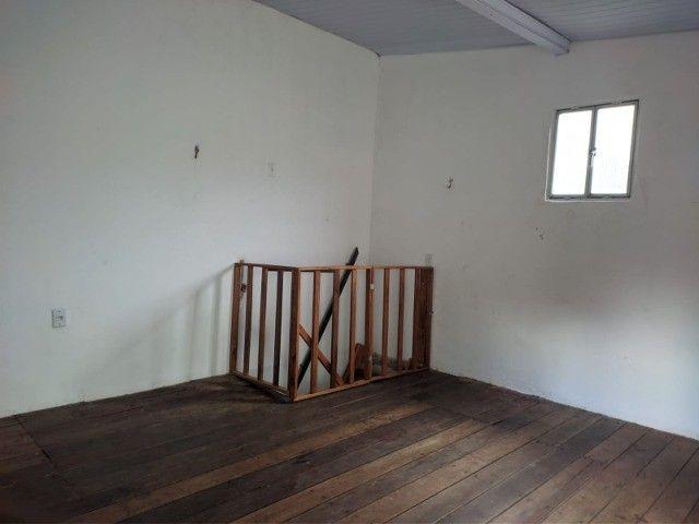 Kit-Net Espaço e bem localizado no bairro da Pedreira. - Foto 6