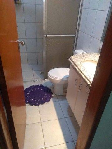 Vende-se Sobrado Geminado em Condominio Fechado na regiao Central de Goiania. - Foto 9