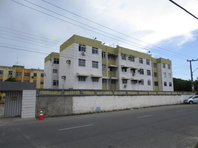 Apartamento com 3 dormitórios à venda, 68 m² por R$ 120.000,00 - Edson Queiroz - Fortaleza - Foto 2