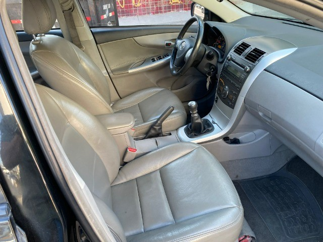 Toyota Corolla 2013 GLI + GNV  - Foto 4