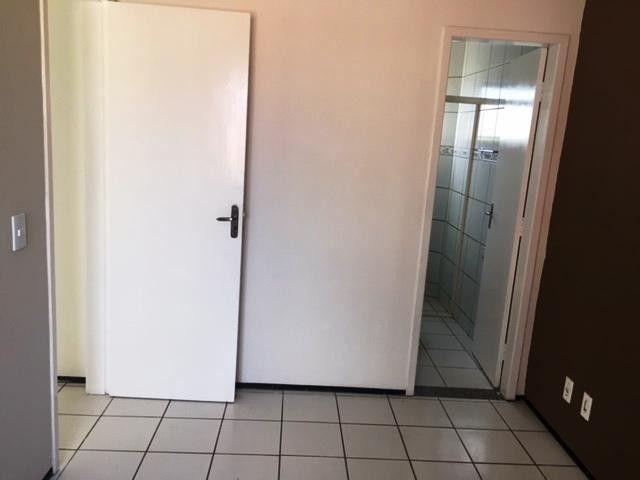 Apartamento com 3 dormitórios à venda, 60 m² por R$ 170.000,00 - Cidade dos Funcionários - - Foto 18
