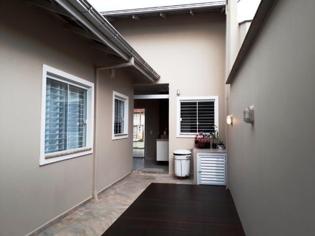 Casa - 01 suíte + 02 dormitórios - Vila Nova - Joinville/SC - Foto 11