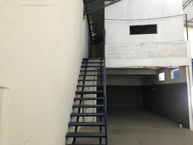 Galpão no bairro industrial, com +-700m² - Foto 12