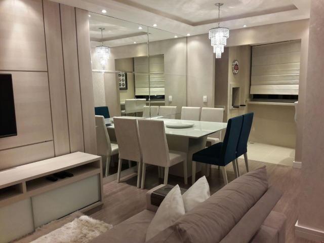Apartamento mobiliado à venda, 2 dormitórios, Bacacheri