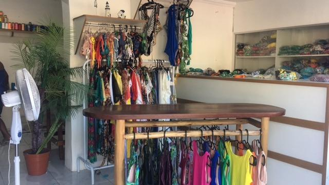 9dcdd83ea Vendo loja de moda praia - Comércio e indústria - Porto Seguro ...
