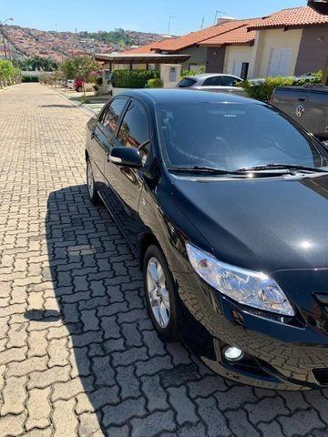 Corolla 1.8 XEI automático em perfeito estado