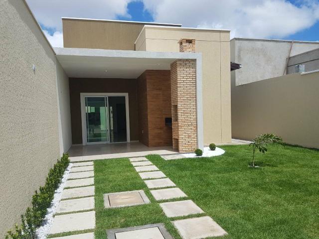 Excelente casa localizada a 200 m da Washington Soares - Foto 6