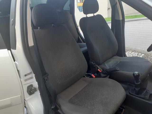 Chevrolet Corsa Sedan Premium 1.4 FLEX/GNV 2009 Completo Novo Pouco Uso - Foto 14