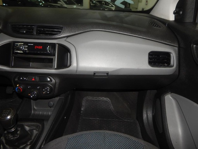 Chevrolet Onix 1.0 Mpfi Joy 8v Flex 4p Completo Impecável - Foto 11