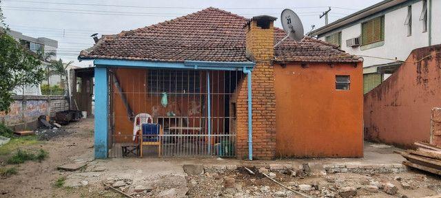 Sala comercial com casa de alvenaria ao fundos. Av. Borges de Medeiros, 960. - Foto 15
