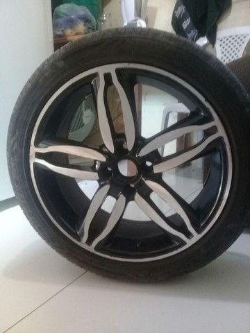Roda 17 pneus novos - Foto 3