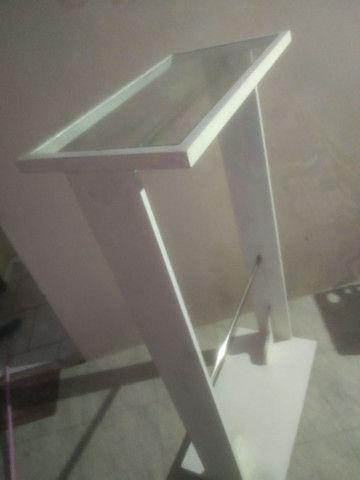 Arara de madeira e vidro  - Foto 3