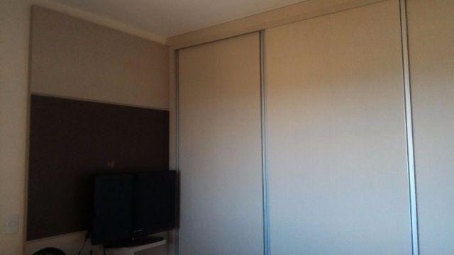 Apartamento com 03 quartos, sendo 01 suíte na 706 Sul