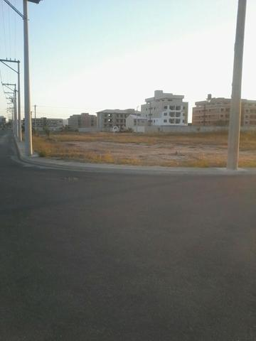 Terrenos em área de maior expansão e valorização comercial, perto do Centro e d - Foto 7