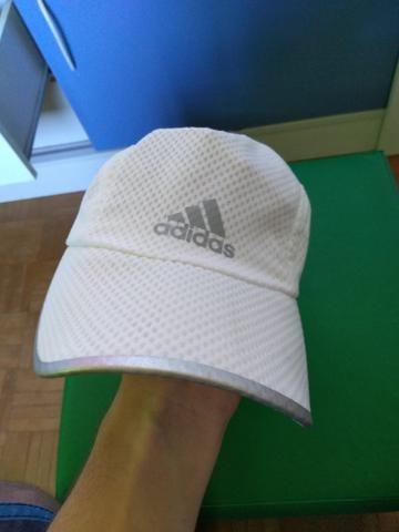 2 Bonés Adidas Esportivos - Bijouterias cd5e58b6d54