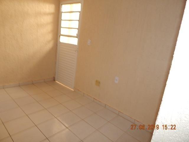 02 casas no lote na QNL 05 BL H R$ 1.800,00 - Foto 4