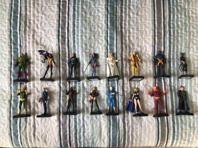 Miniaturas Eaglemoss Colecionáveis Marvel DC - Foto 2