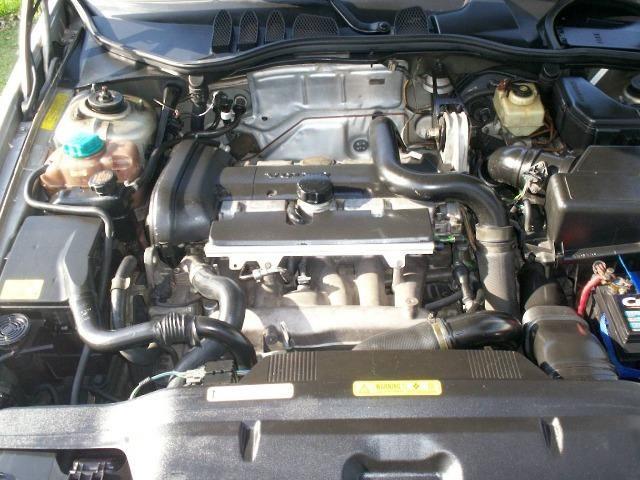 Volvo C70 2.3 Turbo automático. Coupé lindo e raro! Espetacular! - Foto 8