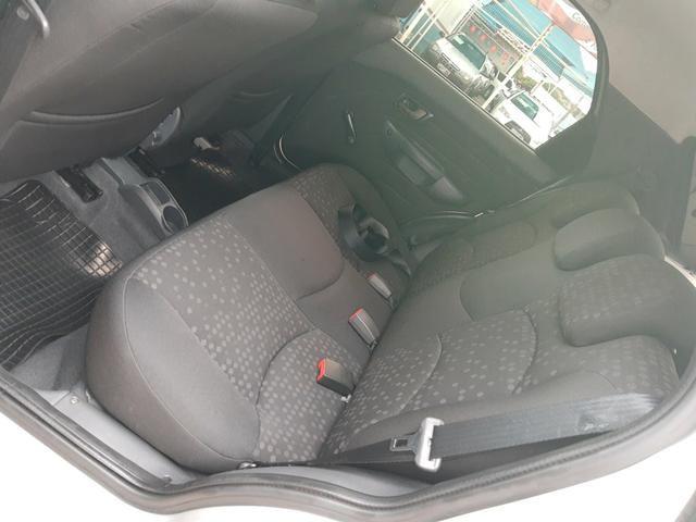 Palio attractive motor 1.4 ano 2011 - Foto 13