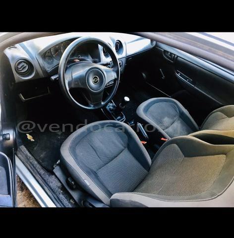 Chevrolet Celta Spirit 2011 - 53.000 km - Foto 7