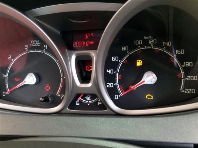 Ford Fiesta 1.6 se Hatch 16v - Foto 14