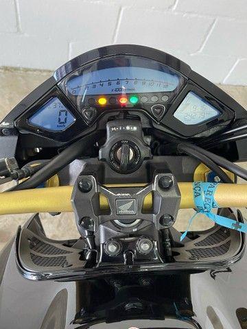 Honda CB1000R 2015 impecável - Financiamos - aceitamos trocas  - Foto 10