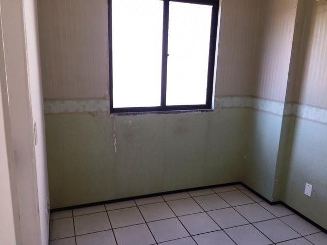 Apartamento com 3 dormitórios à venda, 60 m² por R$ 170.000,00 - Cidade dos Funcionários - - Foto 14