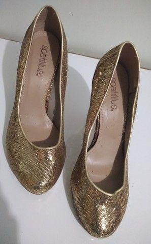 Sapato de Festa Dourado (Brilhante) Spatifilus Tamanho 37 - Foto 2