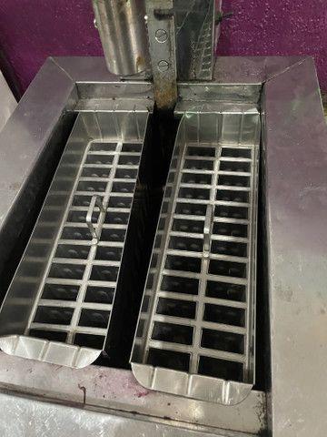 Vendo máquina de sorvete e picolé 110volts - Foto 3