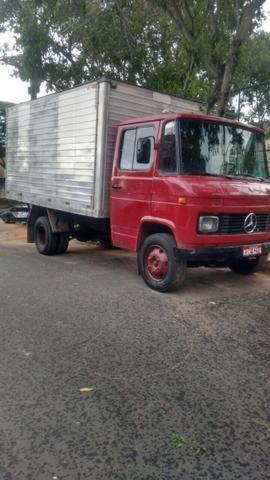 Mercedes 608D