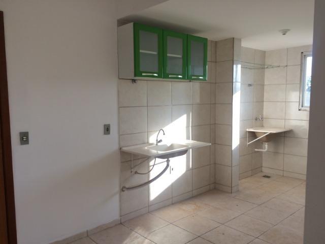 Vendo Apartamento Res. JK . rua Santo Antonio - Foto 5