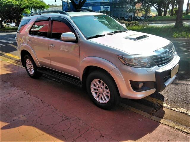 Toyota SW4 7L 2013 SRV 4X4 AUT.TB.Diesel $74.900+48X$.$ - Foto 8