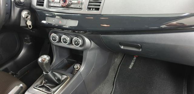 Mitsubishi Lancer 2.0 2014 - Foto 15