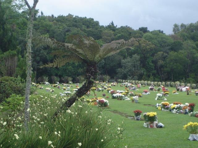 Vendo um Jazigo Cemitério Parque Memorial Graciosa - Foto 3